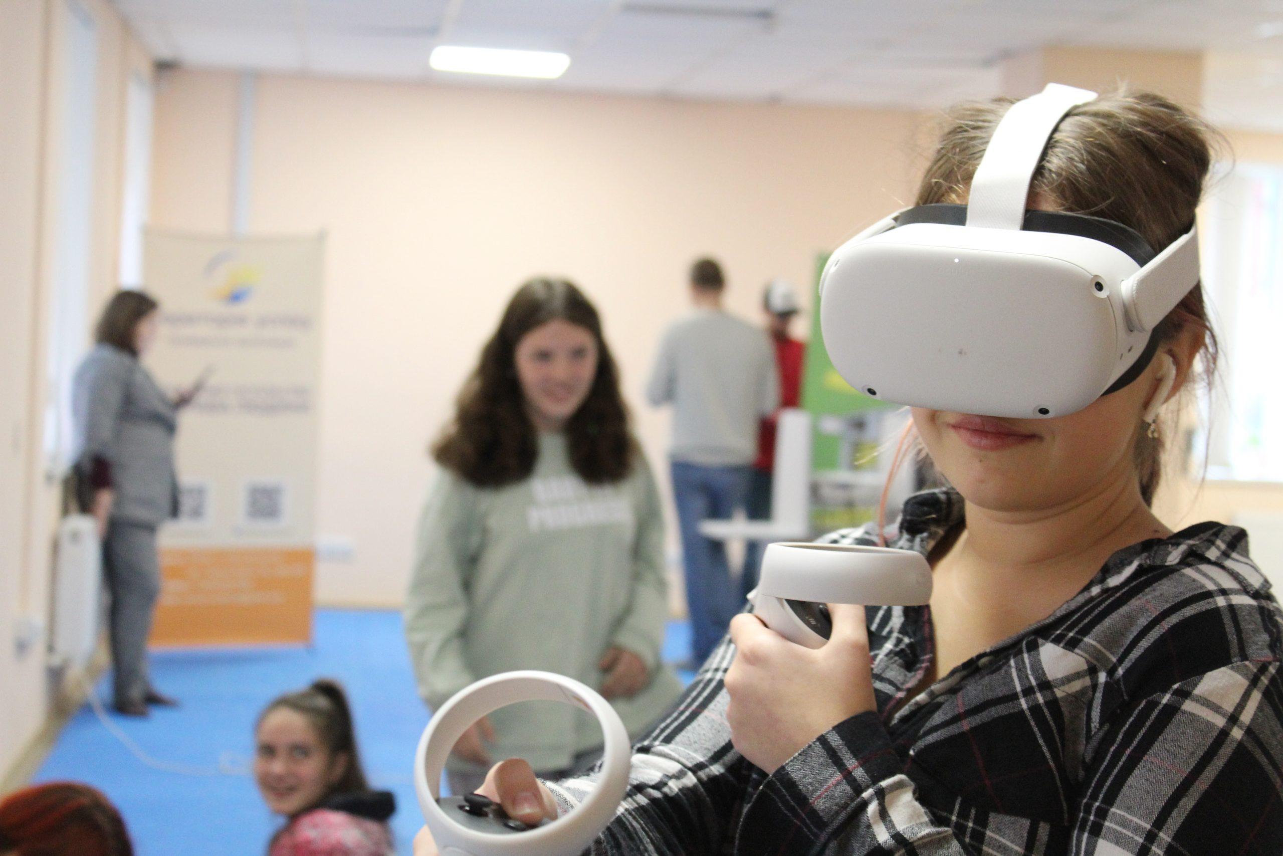 Школярам презентували віртуальну 3D-виставку